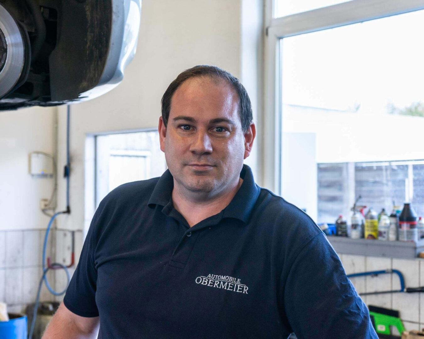 Ansprechpartner Georg Eisenhart aus der Werkstatt von Automobile Obermeier aus Meckenheim
