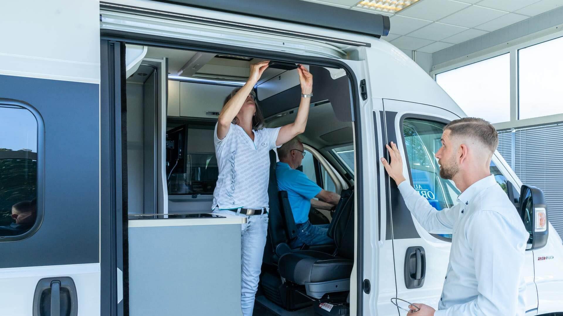 Vorführung Mooveo-Wohnmobil bei Automobile Obermeier in Meckenheim